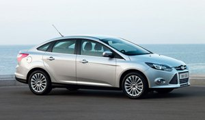 Foto da terceira geração do Ford Focus Sedan (2011-)